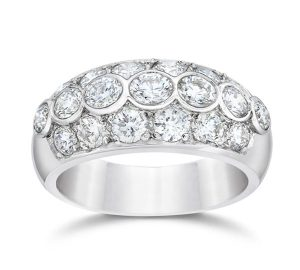 Diamond Anniversary Ring in18K White Gold